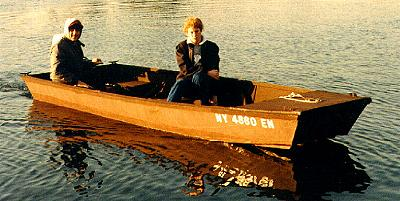 Mr. John, a 12' or 14' jon boat for plywood construction
