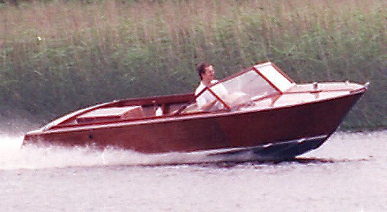 inboard or outboard runabout boat plans plywood