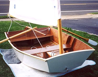 Eight Ball an 8' sailing dinghy for plywood construction
