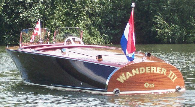 Barrelback Mahogany Runabout Barrel Back
