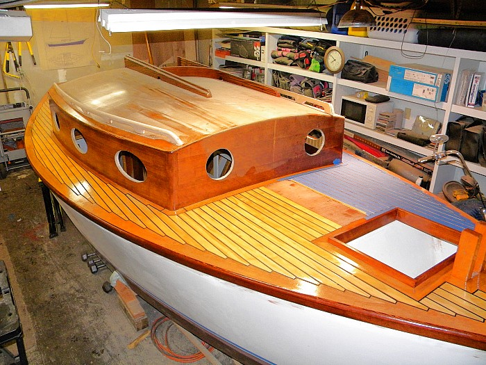 Grooved Mahogany Plywood Sheets For Decking