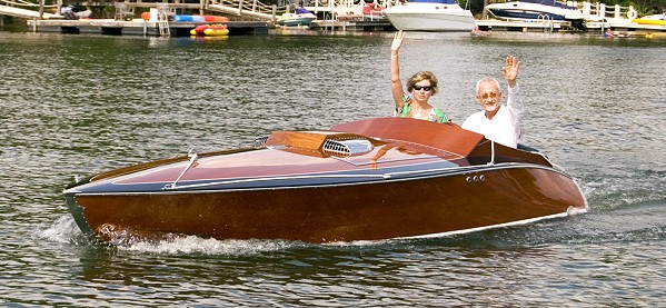 Cracker Box classic speed boat pic483k